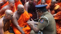 Vikalpa | Groundviews | Maatram | CPA CC BY 2.0