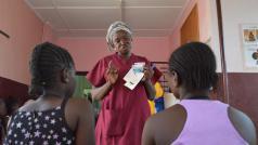 Gbaya Ndombia materniteit in PK5, Bangui, CAR