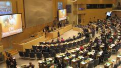Parlementsleden maken zich klaar voor de conferentie over bevolking en ontwikkeling in Stockholm