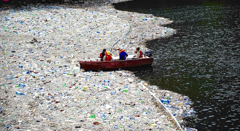 Plastic Pollution Coalition CC BY 2.0
