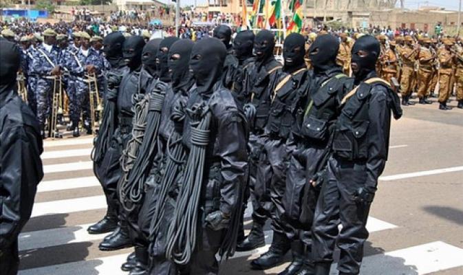 De soldaten van de RSP tijdens een militaire parade (foto: lefaso.net)